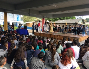 Celebração Pascal La Salle Esmeralda